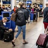 »Tænk at skulle opleve, at så mange uskyldige passagerer bliver ramt som følge af, at 3F-medlemmer optræder overenskomststridigt og lovstridigt,« skriver Susanne Folmer.