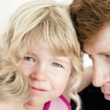 Filippa, der i dag er seks år, blev hjerneskadet, fordi hendes mord fødsel blev sat i gang med Misoprostol. Nu droppes puljen på 250 mio. kr. til kontrol med lægemidlet muligvis. Det kalder hendes far, Troels Radmer Jensen, »dybt bekymrende«.