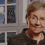 Mads Rye har malet den mangeårige minister og nuværende folketingspolitiker, Marianne Jelved (RV). Hun hænger nu på Det Nationalhistoriske Museum.