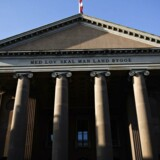 »Men jeg kan kort sige, at efterforskningen har involveret videoovervågning, teleoplysninger og dna-materiale,« fortæller anklageren ved Københavns Byret.