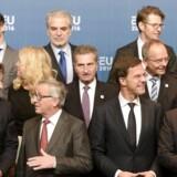 Jean-Claude Juncker præsident for Kommissionen taler med den hollandske udenrigsminister Bert Koenders på dagen, hvor Holland overtager EU-formandsskabet