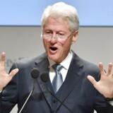 Bill Clinton er en af de forhenværende toppolitikere, der tjener mest ved at holde tale.
