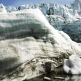 Forskere har fundet et hidtil ukendt grundvandsmagasin i den sydgrønlandske indlandsis.