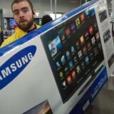 Samsung er også i Danmark det mest populære TV-mærke, men på mobilområdet napper Apple den sydkoreanske gigant i haserne. Derfor skal der nu investeres i at blive større. Arkivfoto: Paul J. Richards, Scanpix