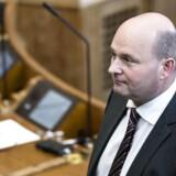 Arkivfoto. Dansk Folkeparti og Socialdemokratiet lægger massivt pres på justitsminister Søren Pape Poulsen (K) om en ny politiskolen.