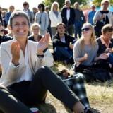 Efter en afstikker til Folkemødet i Allinge på Bornholm i sidste uge har EUs konkurrencekommissær, Margrethe Vestager, igen fokus på de mange telefusioner, som hun frygter kan medføre højere priser. Arkivfoto: Nils Meilvang, Scanpix