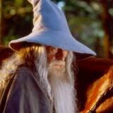 Troldmanden Gandalf fra J.R.R. Tolkiens store fortælling om »Ringenes Herre« har lagt navn til Telias største mobile mobilmast, der nu er rullet til Roskilde. Foto: Scanpix
