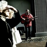Beboere og erhversdrivende er frustrerede over, at Københavns Kommune ikke sørger for at håndhæve egne regler for gademusikanter.