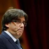 Carles Puigdemont har modsat mange af sine borgerligt nationalistiske partikammerater været separatist siden ungdommen, og han har tilsyneladende ikke tænkt at bøje sig for den spanske regerings veto mod at afholde en folkeafstemning om catalansk selvstændighed. REUTERS/Albert Gea TPX IMAGES OF THE DAY