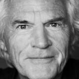 Den folkekære skuespiller Kurt Ravn skal spille med i en helt ny julekalender, der både skal underholde og undervise børn. Free