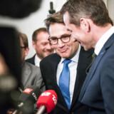 Brian Mikkelsen og Kristian Jensen i Finansministeriet 2. maj, hvor en aftale om fremtidens boligskattesystem blev præsenteret.