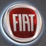 Den italienske Agnelli-familie, som ofte kaldes for Italiens de facto kongehus, har besluttet at flytte holdingfirmaet bag Fiat fra Italien til Holland.