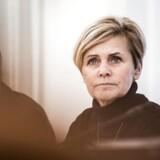Mette Bock (LA) slår, i forbindelse med et samråd i Folketingets Kulturudvalg, fast at licensen skal ned.