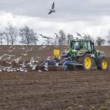 Miljøministeriets beregninger bag landbrugspakken er fra flere sider blevet kritiseret for at være for optimistiske, fordi ministeriet har regnet visse nøgltetal fra perioden 2013-2015 sammen med tal for 2016.