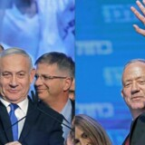 Benjamin Netanyahu Likud-parti (til venstre) ser ud til at få 31 pladser i Israels parlament. Benny Gantz og hans partialliance Blå og Hvid står til 32 pladser