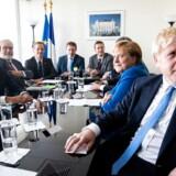 Boris Johnson er taget til FNs generalforsamling i New York, hvor han blandt andet har haft lejlighed til at møde den tyske kansler, Angela Merkel, og den franske præsident, Emmanuel Macron.