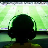 FIFA 20 udkommer fredag, men det er allerede muligt at forudbestille det. Gør man det, får man nogle »spillerpakker« med i købet. Det fordyrerer dog også spillet. Foto: Anne Bæk/Ritzau Scanpix