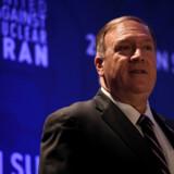 USA's udenrigsminister advarer Kina og andre lande. Vi straffer jer for at bryde vores sanktioner mod Iran.