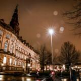 Efter først en historisk lang valgkamp, en langvarig regeringsforhandling, et Venstre-drama plus det løse skal dansk politik nu for alvor finde sig til rette og i gang med svære spørgsmål, der kan give både muligheder og problemer for de centrale aktører.