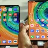 Mate 30 er Huaweis nye toptelefoner. De blev præsenteret midt i september men må ikke bruge den fulde udgave af Android-styresystemet med adgang til alle Googles tjenester. En bagdør til alligevel at kunne gøre det manuelt er nu blevet lukket. Arkivfoto: Christof Stache, AFP/Ritzau Scanpix