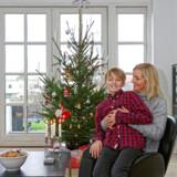Stina Andersson med familiens ældste søn, Linus.