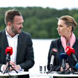 Mette Frederiksen, Dan Jørgensen og formand for DSU Frederik Vad Nielsen fra Socialdemokratiet ses her ved præsentation af klimaudspil i Silkeborg, onsdag den 29. maj 2019.. (Foto: Henning Bagger/Ritzau Scanpix)