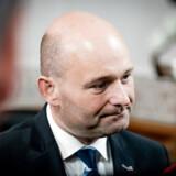 De Konservatives partiformand Søren Pape Poulsen mener, at landets største velhavere allerede betaler nok i skat. Der er udtryk for misundelse, når venstrefløjen vil have dem til at tage flere penge op af lommerne, mener han.