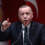 Den tyrkiske præsident, Recep Tayyip Erdogan, truer endnu en gang Europa med at åbne sluserne for flygtninge til Europa.