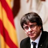 Carles Puigdemont flygtede til Belgien efter Cataloniens løsrivelsesforsøg i 2017. Mandag er der udstedt en ny arrestordre på ham (Arkivfoto fra oktober 2017). - Foto: Pau Barrena/Ritzau Scanpix