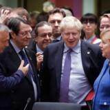 Det lykkedes Boris Johnson at få EUs regeringsledere til at nikke ja til hans skilsmisseaftale. Nu er det Underhusets tur. Og selv om regeringens støtteparti allerede har nægtet at stemme for, og oppositionspartiet, Labour, taler om folkeafstemning, føler den konservative premierminister sig ret selvsikker.
