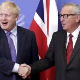 Der var den helt store forbrødring mellem Storbritanniens Boris Johnson og EU-Kommissionens Jean-Claude Juncker ved præsentationen af skilsmisseaftalen i sidste uge. Men ambitionerne om det langsigtede forhold er reduceret, så Storbritannien kan lave handelsaftaler med andre lande.