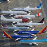 Boeings 737 Max-fly har stadig flyveforbud – og det er uklart, hvornår det kommer på vingerne igen.