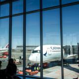 Den danske regering kan som udgangspunkt ikke forhindre, at Københavns Lufthavn eller anden privatejet infrastruktur opkøbes af statsejede kinesiske eller russiske selskaber. Det er et problem, lyder det i en ny rapport.
