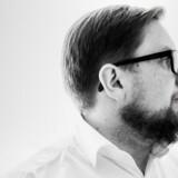 Simon Emil Ammitzbøll-Bille meldte sig ud af Liberal Alliance tirsdag eftermiddag og skal nu være løsgænger i Folketinget.