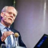 Sveriges Riksbanks chef, Stefan Ingves, har gennemført en ekstrem lempelse af pengepolitikken midt i en økonomisk højkonjunktur. Nu ruller man langsomt tilbage, og de negative renter vil nok være væk inden årsskiftet.