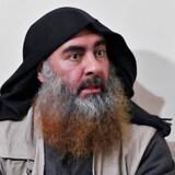 Ifølge Trump døde Baghdadi i en tilstand af »panik«. Han havde et bombebælte spændt til kroppen, som han udløste, efter han var kravlet ind i en tunnel uden udgang. Han havde tre børn med sig, som døde ved eksplosionen.