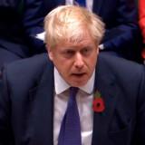 Boris Johnson har nu gjort, hvad han havde svoret aldrig at ville gøre. Han har meddelt EU, at han accepterer at udsætte Brexit-tidsfristen.