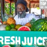 Friske råvarer og lækker reggae er noget af det, der virkelig tæller i Jamaica. Her ved hotellet Rockhouse, et af de mange cool og smukke hoteller på øen.