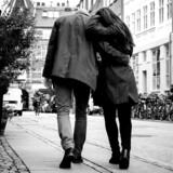 En ny undersøgelse viser, at næsten hver femte dansker har været sin nuværende partner utro. (Modelfoto)