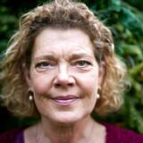 Eva Jørgensen mistede sin mand, udenrigskorrespondent Steffen Knudsen, i 2006, da deres søn endnu ikke var fyldt et år. I dag har den dybe sorg transformeret sig til et værdifuldt minde, som hun forsøger at videregive til sønnen, der aldrig lærte sin far at kende.