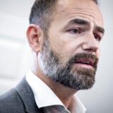 »Det ser mere end svært ud at nå i balance mellem de kommuner, der har behov for at sætte skatten op, og de kommuner, der har mulighed for at sætte den ned,« siger formanden for KL, Jacob Bundsgaard, til Altinget.