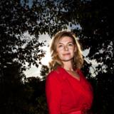 Sara Skaarup er sexolog og forfatter. Hun har blandt andet skrevet en bog om, hvordan man åbner parforholdet, uden at det går i stykker.