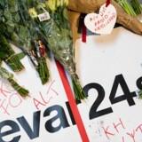 Radio24syv lukkede ved midnat torsdag 31. oktober 2019. Lyttere havde lagt blomster og takkekort ved hovedkvarteret i København,