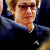 Den tidligere USA-ambassadør i Ukraine Marie Yovanovitch ankommer til Repræsentanternes Hus 11. oktober for at vidne i efterforskningen af, hvorvidt Trump har misbrugt sit præsidentembede til at afpresse Ukraines nye præsident.