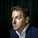»Men at syv ud af ni af de her personer kommer fra den socialdemokratiske vugge... det ser da mystisk ud,« siger Jens Rohde, der er sur over, at statsminister Mette Frederiksen har afvist at møde i samråd om en påstået politiseren af embedsværket.
