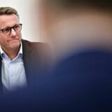 Skatteminister Morten Bødskov (S) er indkaldt til åbent samråd om udskydelsen af det nye boligskattesystem for blandt andet at svare på, hvorfor forligskredsen først blev orienteret om forsinkelsen kort før et pressemøde. - Foto: Philip Davali/Ritzau Scanpix