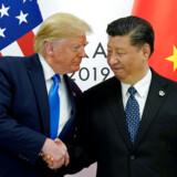 Præsidenterne Trump og Xi har mødtes flere gange, bl.a. under G20-mødet tidligere i år i Osaka i Japan. Arkivfoto: Kevin Lamarque/Reuters/Ritzau Scanpix