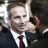 Den bedste temperaturmåler for, hvordan det går med den danske økonomi, er udviklingen på arbejdsmarkedet, mener tidligere finansminister Kristian Jensen (V) på baggrund af helt nye væksttal fra Danmarks Statistik.