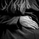 »Vi siger bare, at når man spørger mænd, så tænker de mere på sex, de har oftere lyst til sex, de har oftere sex, de masturberer oftere, de ser langt mere porno, og de går oftere til prostituerede. Derudover tillægger mænd dét at have et godt sexliv en større betydning, end kvinder gør. Det sammenfatter vi til, at der er nogle markante kønsforskelle. Vi siger intet om, hvad de underliggende mekanismer er,« siger Morten Frisch, der er overlæge og projektleder på »Sexus«-undersøgelsen.