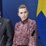 I Sverige er statsminister Stefan Löfven på vej til at sætte den svenske topskat ned. I Danmark vil statsminister Mette Fredriksen (S) ikke følge svenskernes eksempel. Danskernes topskat er noget hårdere end i de andre nordiske lande.
